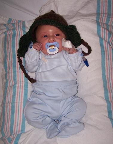 http://julianantonio.angelfire.com/0to12months/008week05.JPG